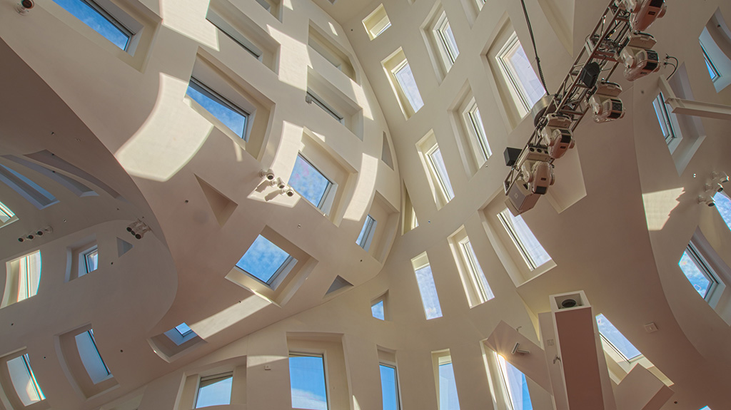 Vertical shot of the inside of Lou Ruvo Center for Brain Health